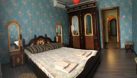 спальня в двухкомнатном люксе №26